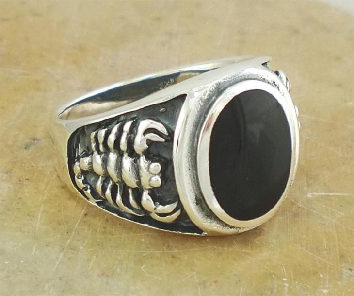 scorpion onyx ring design