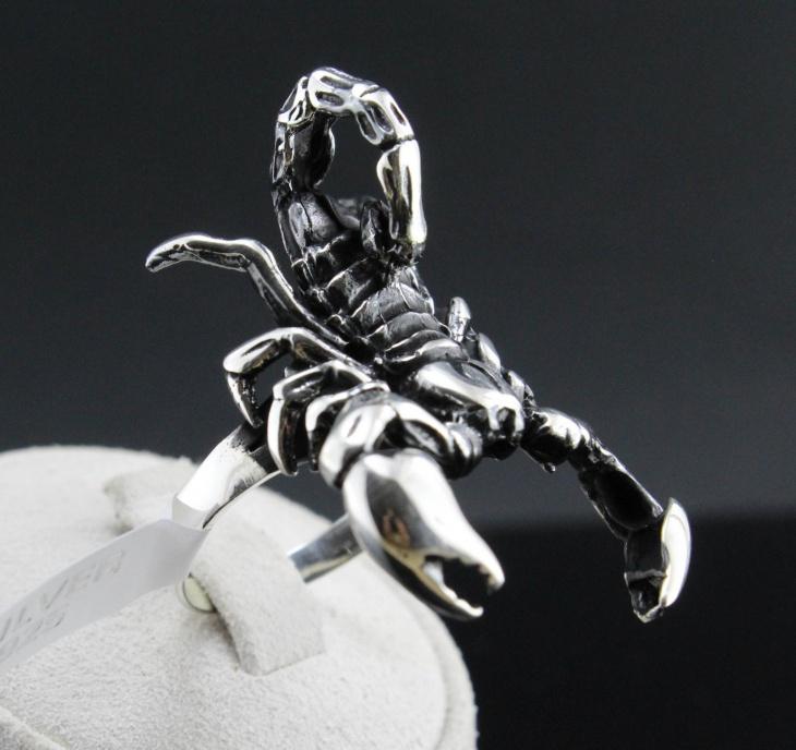 handmade gothic scorpion ring