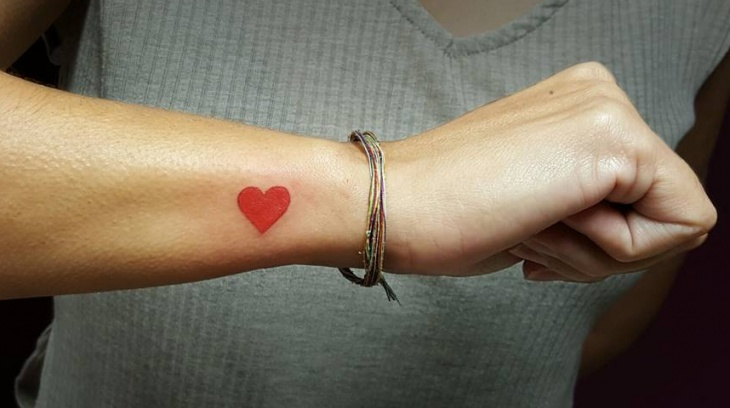 color small heart tattoo designs1
