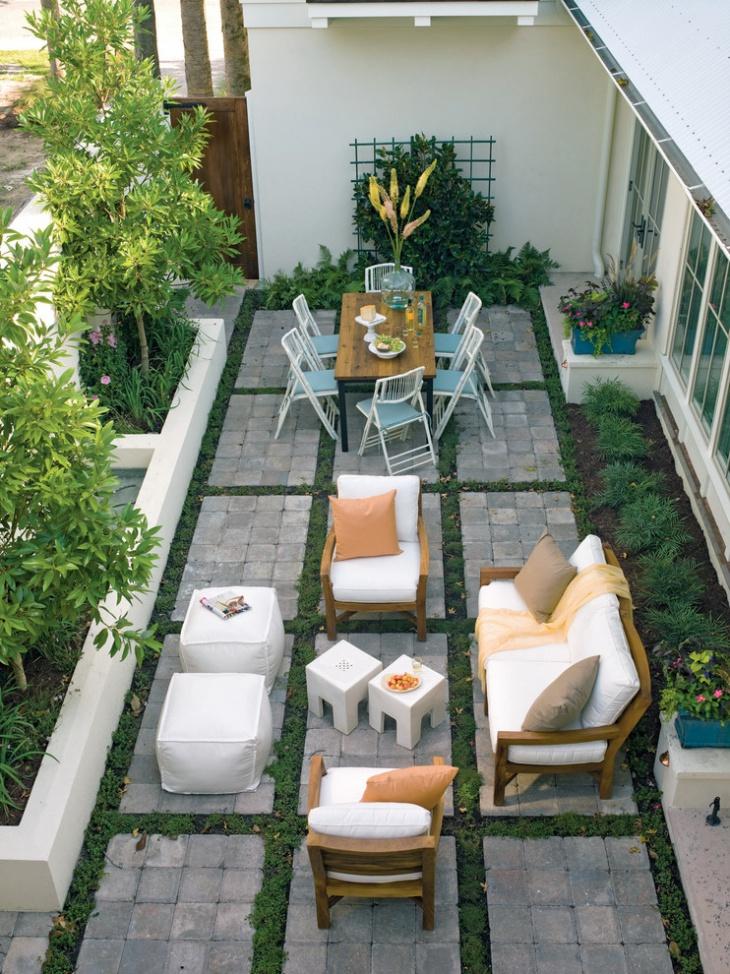 small square patio design