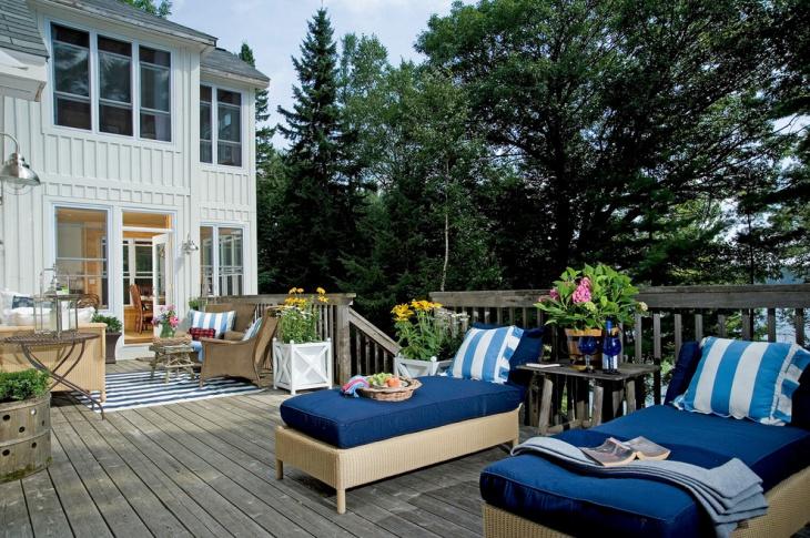 rustic outdoor deck idea