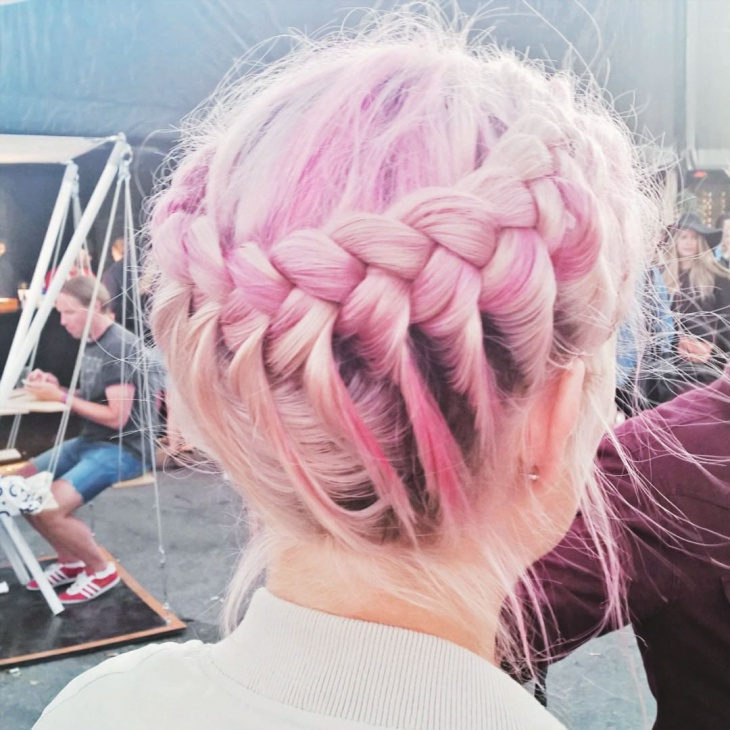 flow braided hairstyle