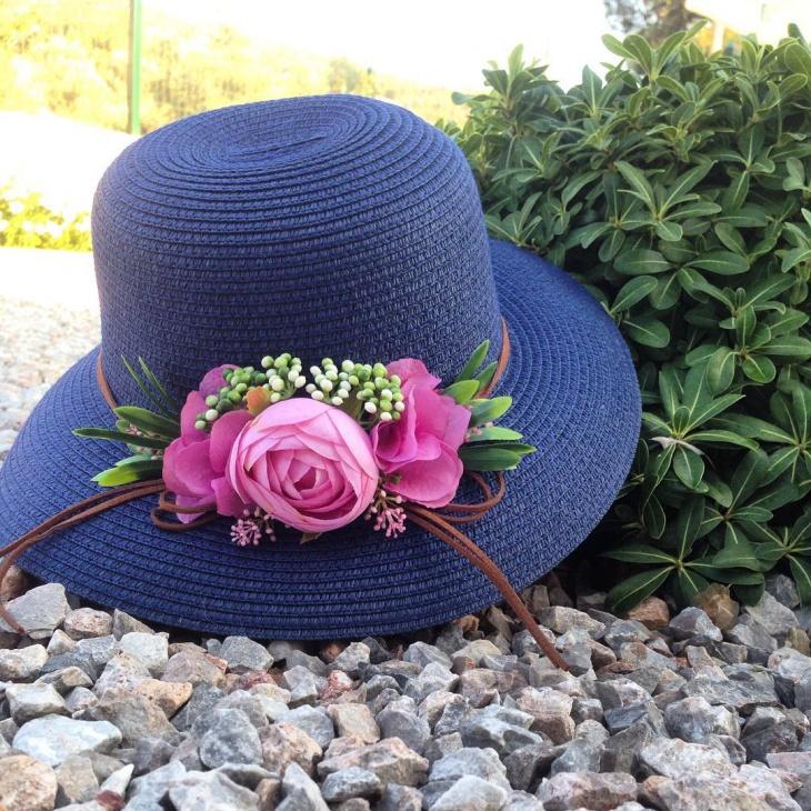 cute floral hat design