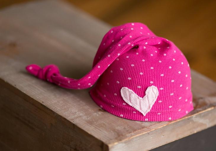 pink polka dot hat