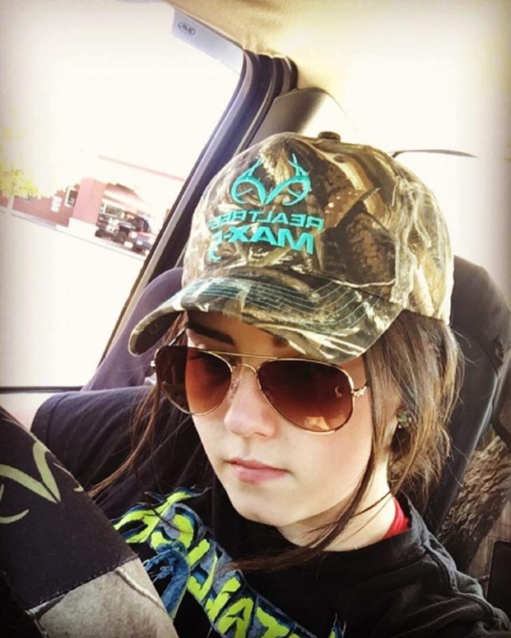 trendy comom hat