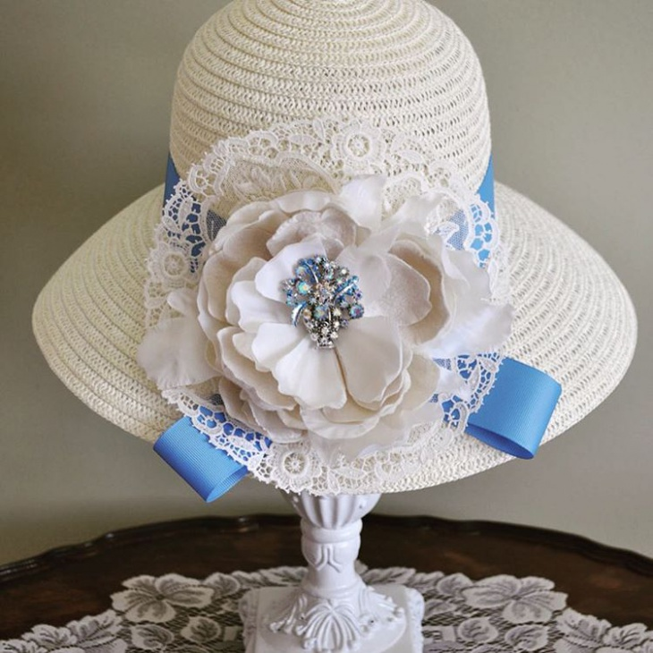 beautiful wedding hat