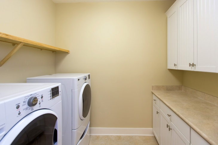 beach cottage laundry room design