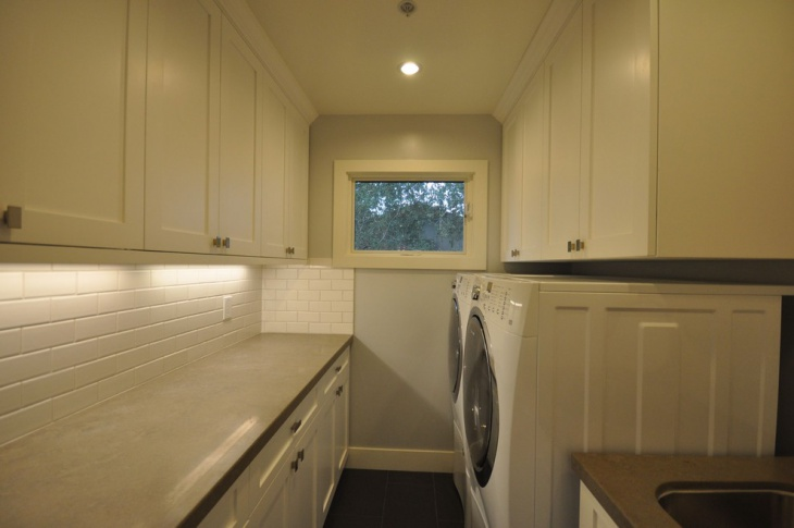 small narrow laundry room design
