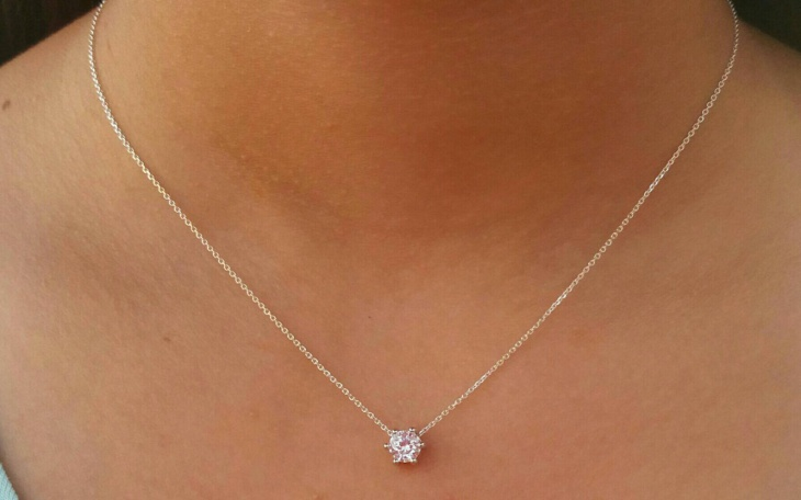 floating diamond necklace design