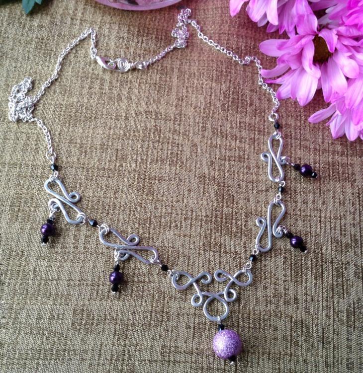 celtic wire necklace design