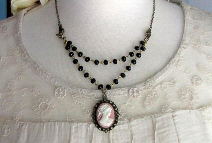 antique cameo necklace design