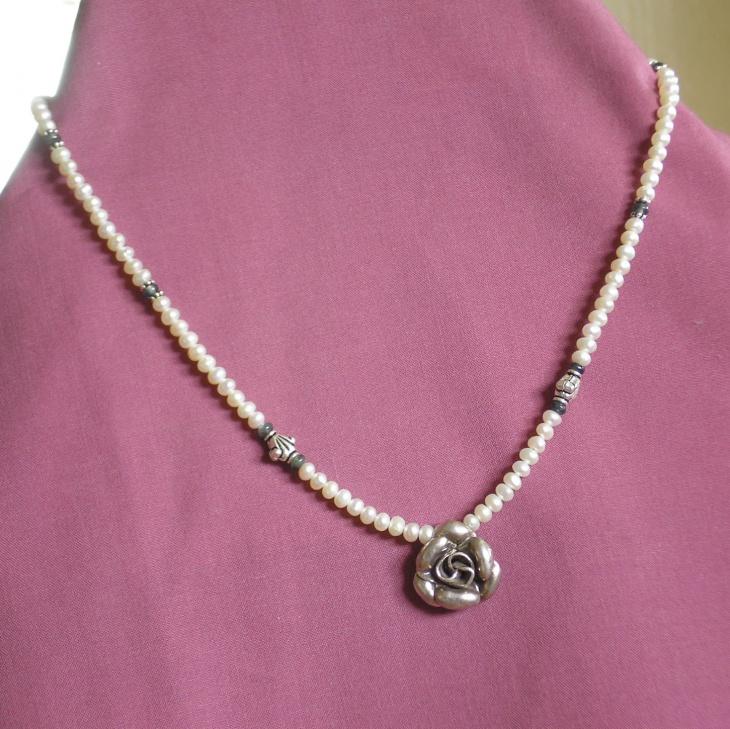 sapphire wedding necklace design