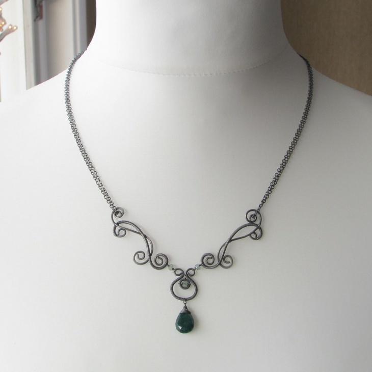 emerald drops necklace design