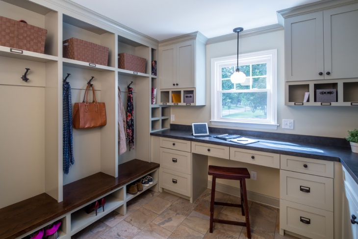 small corner mudroom design