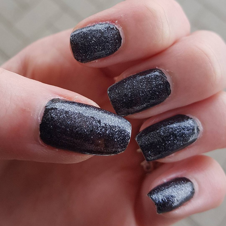 black glitter nail art idea
