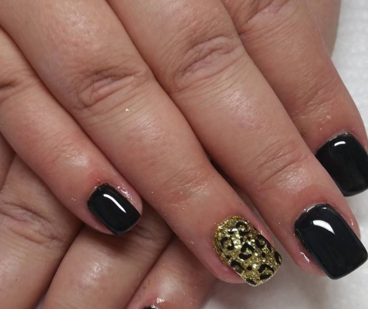 Short Black Leopard Nail Design