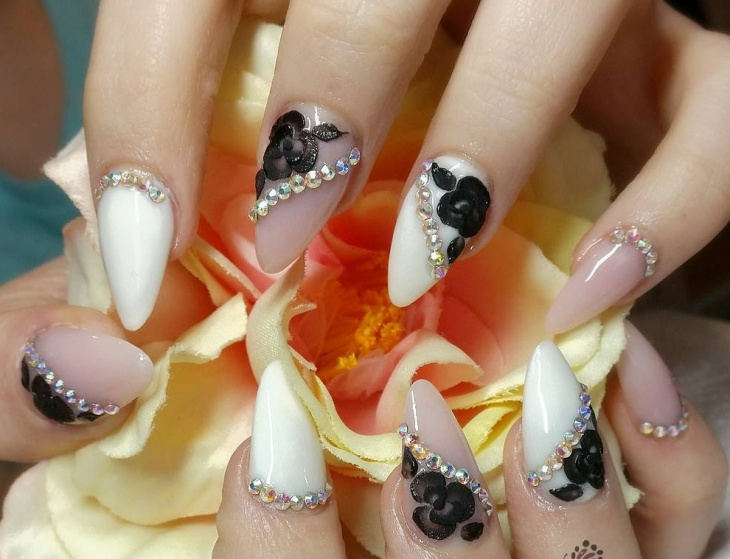 Beautiful Black Flower Nails