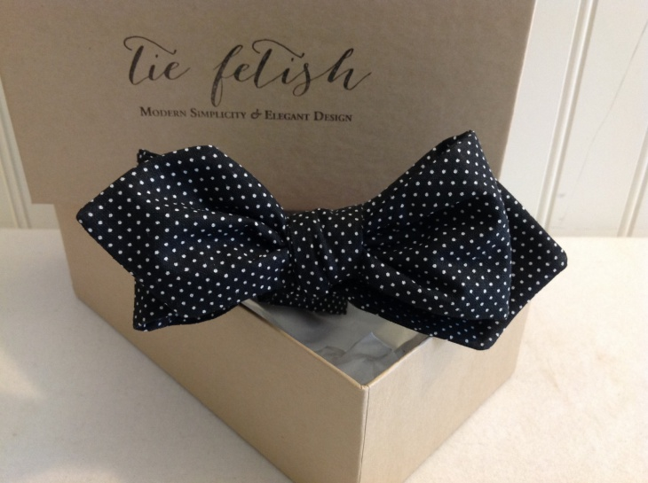 black and whitepolka dot tie design