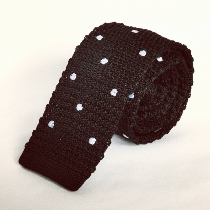 knitted polka dot tie design for men