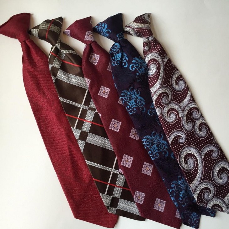 vintage clip on tie design for men