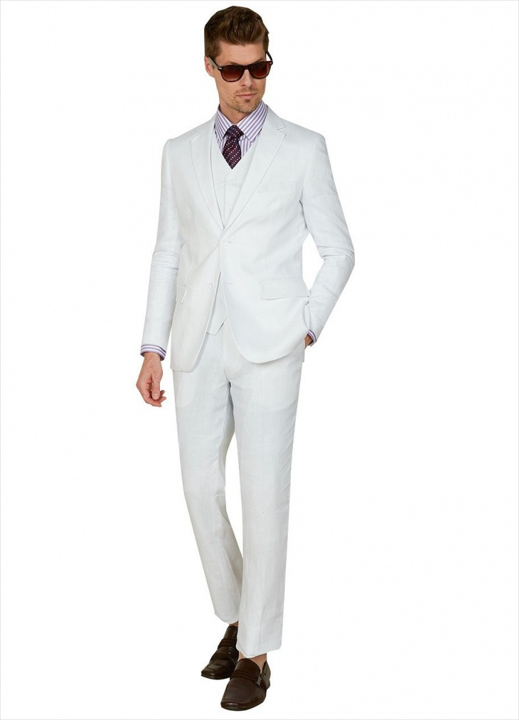 Our suit store has a sizable selection of white linen suits men can appreciate. If you're on the lookout for casual linen suits or tan linen suit or short sleeve linen blazer that men can admire, you'll be delighted by our plentiful offerings.
