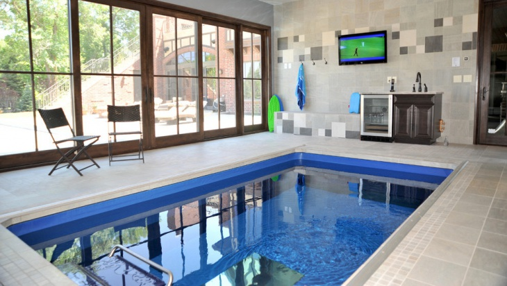Small indoor swimming pool home decor for Pool design trends 2016