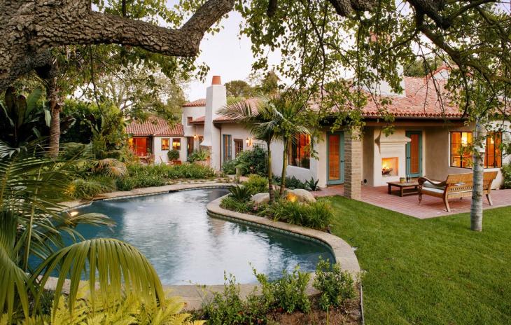 mediterranean pool landscaping idea