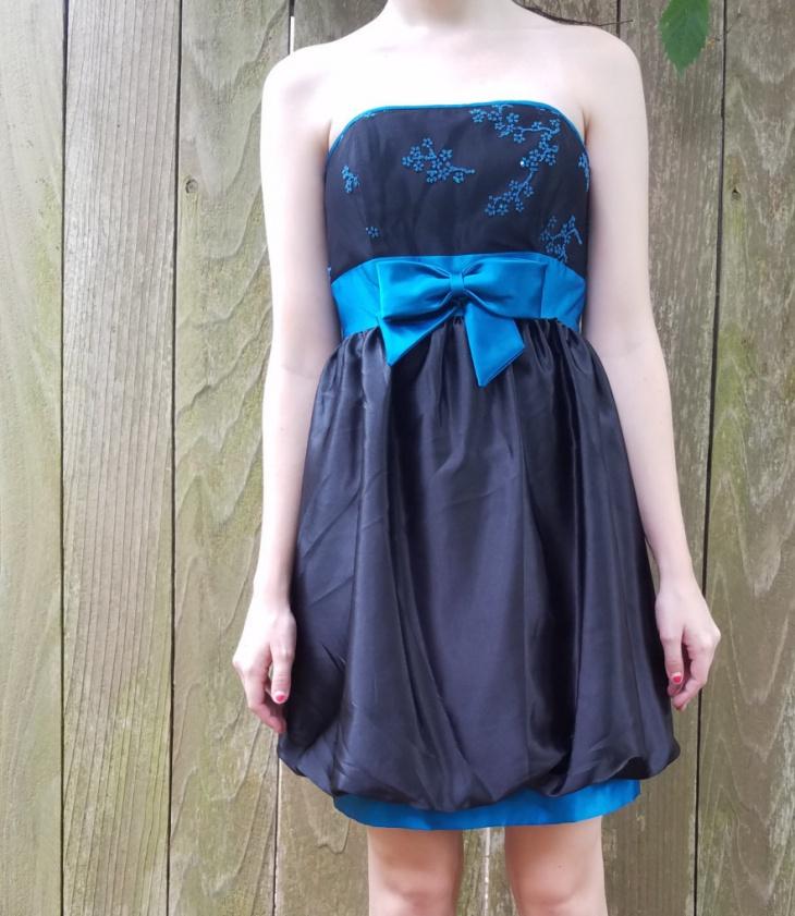 black bubble skirt design