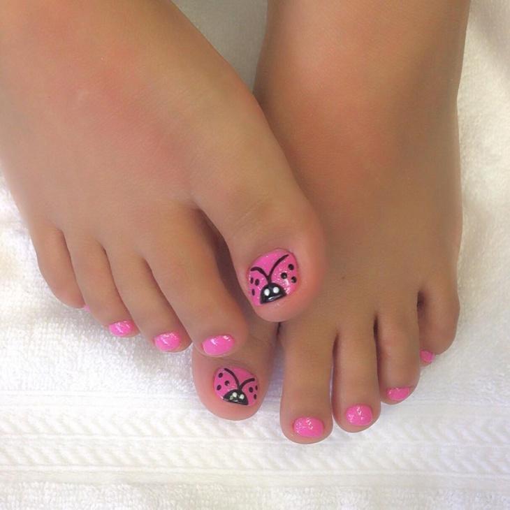 Gel Ladybug toe nail design