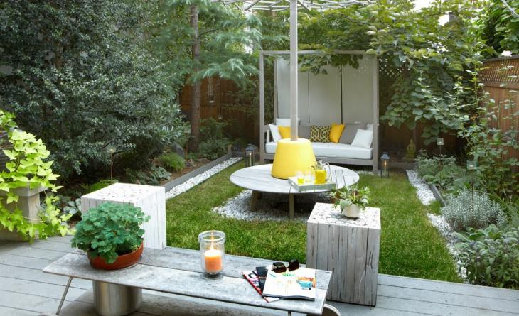 contemporary small backyard idea