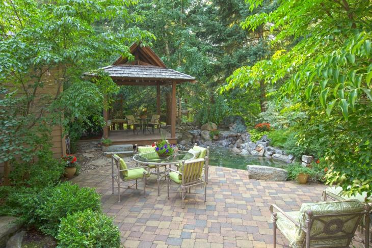 traditional backyard paver design