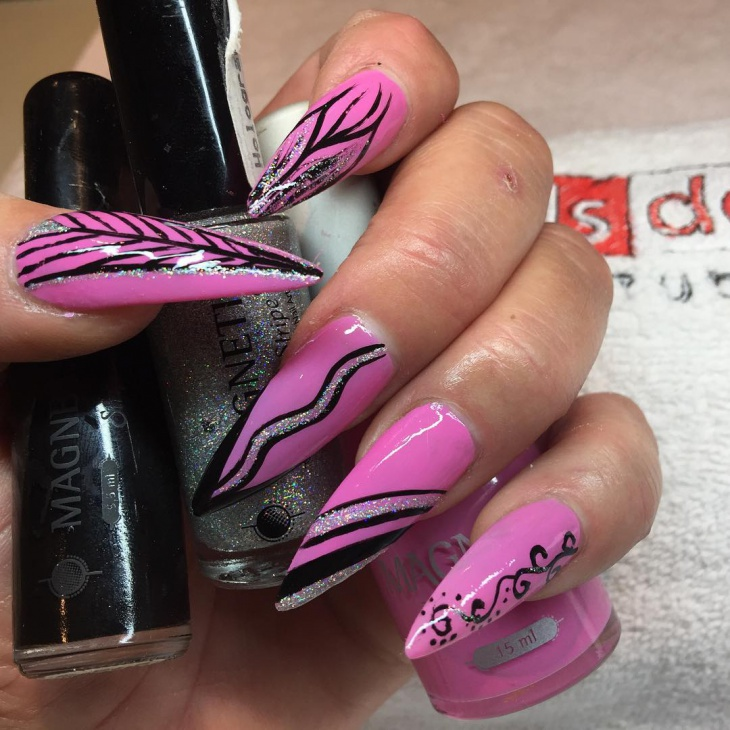 Nails Art Black And Red Stilettos: 41+ Stiletto Nail Art Designs, Ideas