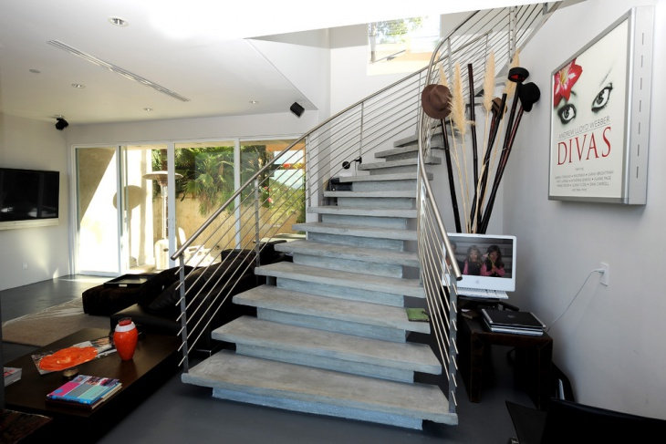 curved stair railing design