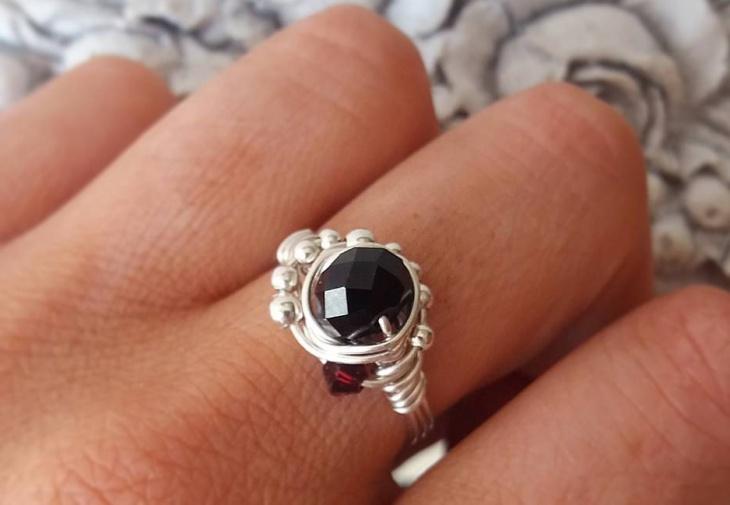 silver wire jewelry design for men