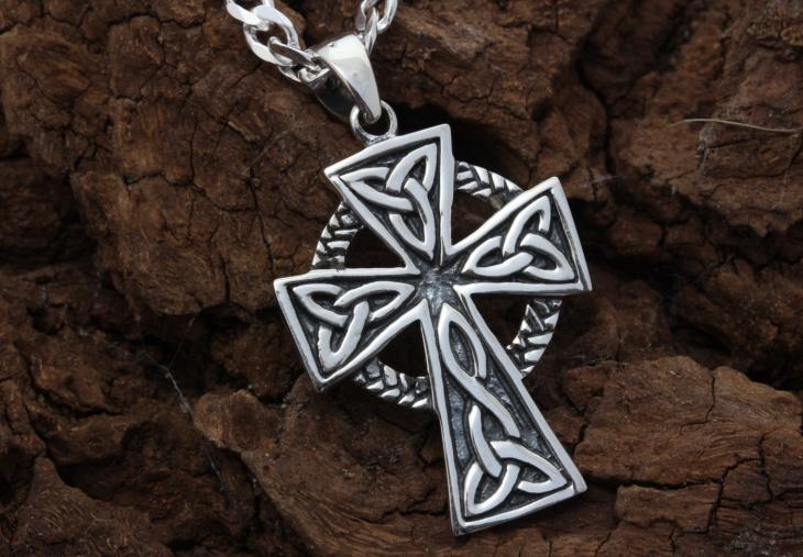 celtic cross jewelry for men