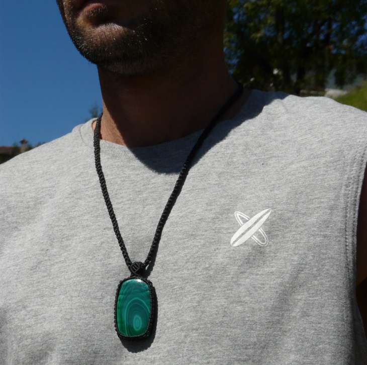 healing crystal jewelry for men