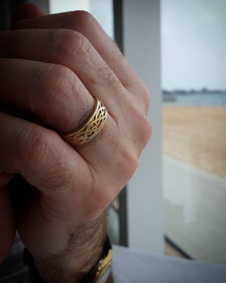 gold wedding ring design for men