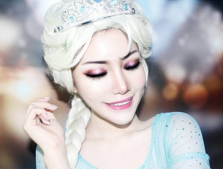 Awesome Princes Frozen Makeup