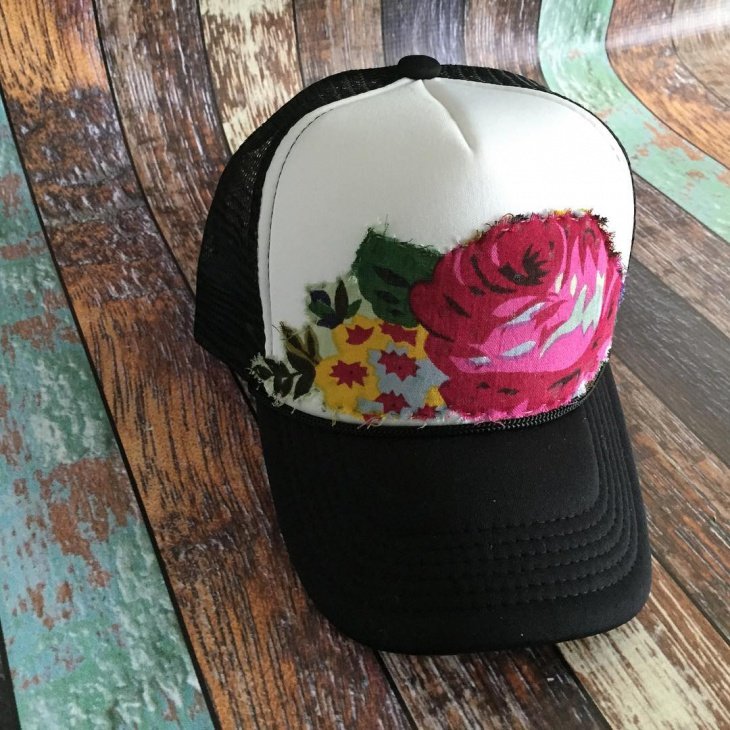 Mens Floral Trucker Hat