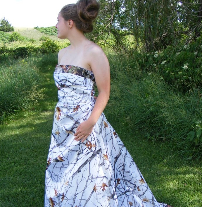 corset camo wedding dress