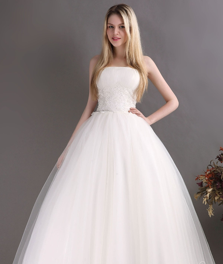 strapless ball gown wedding dress2