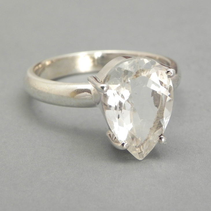 vintage pear shaped engagement ring