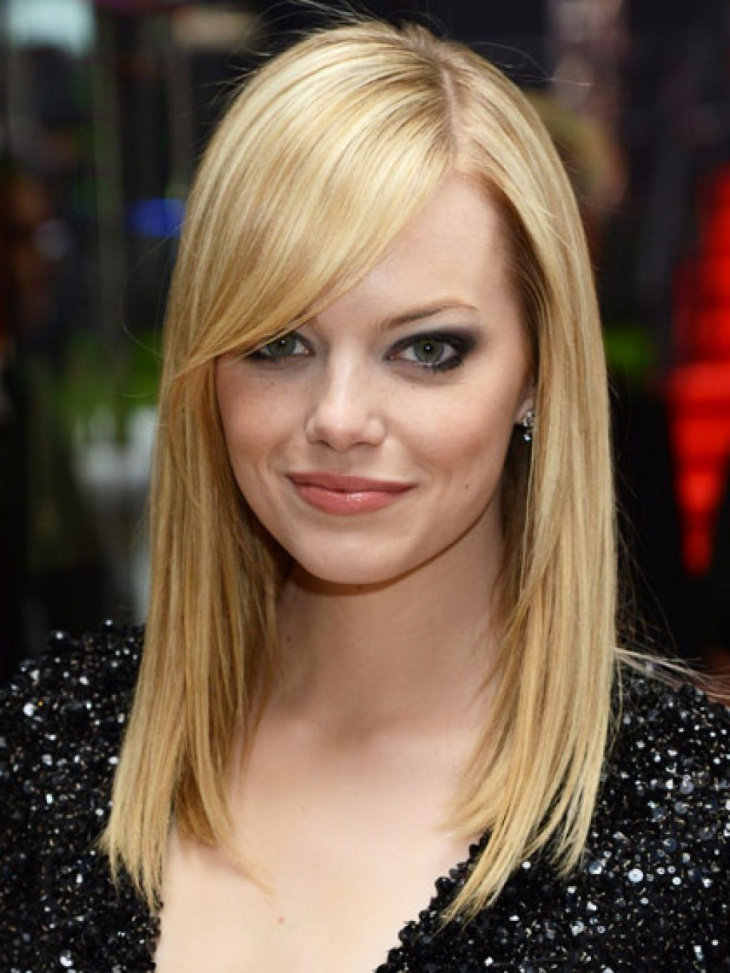 Emma-Stone-Side-Fringe-Hair