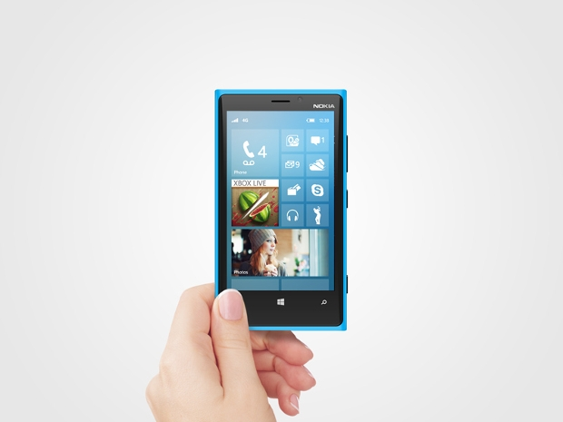 Windows 8 Phone Mockup
