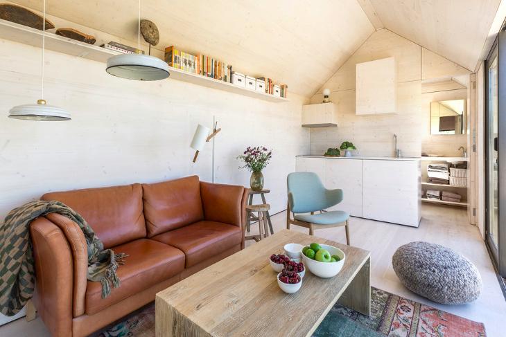 Small Corner Shelf Design