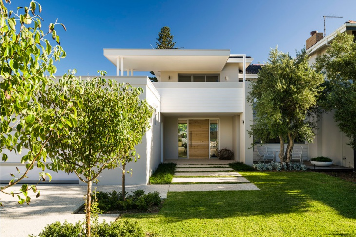 modern front balcony design