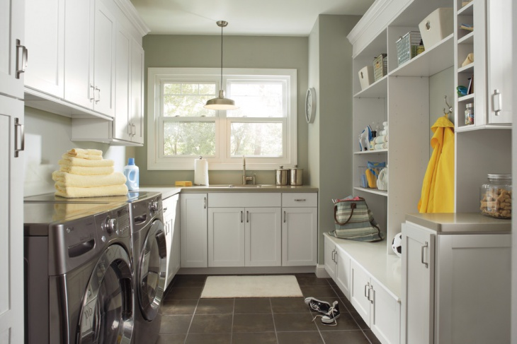 small laundry room cabinet design