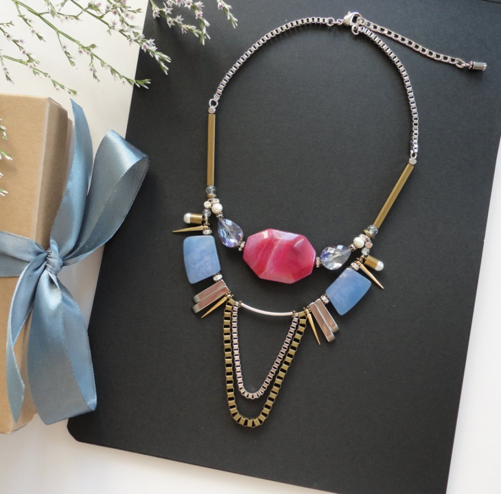 trendy spiked jewelry