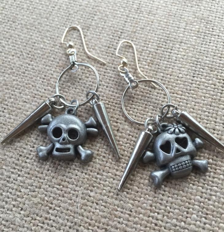 mini silver hoop earrings with spikes1