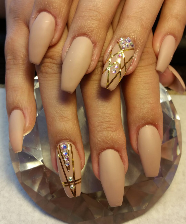 3D Matte Nails with Rhinestones